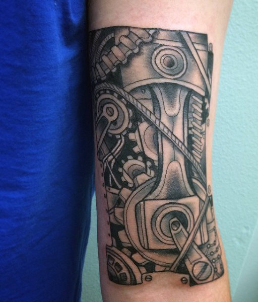 60 Kolben Tattoo Designs für Männer - hohe Pferdestärke Design-Ideen