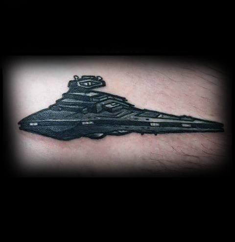20 Sterne Zerstörer Tattoo Designs für Männer - Star Wars Ink Ideen