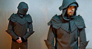Der mittelalterliche graue Ritter Pullover Hoodie ist ein Anzug der Rüstung