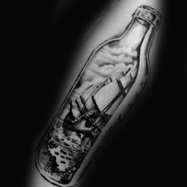 60 Schiff in einer Flasche Tattoo Designs für Männer - Maritime Kunst Ideen
