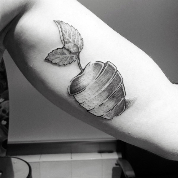 75 Apple Tattoo Designs für Männer - Bite In Ink Ideen