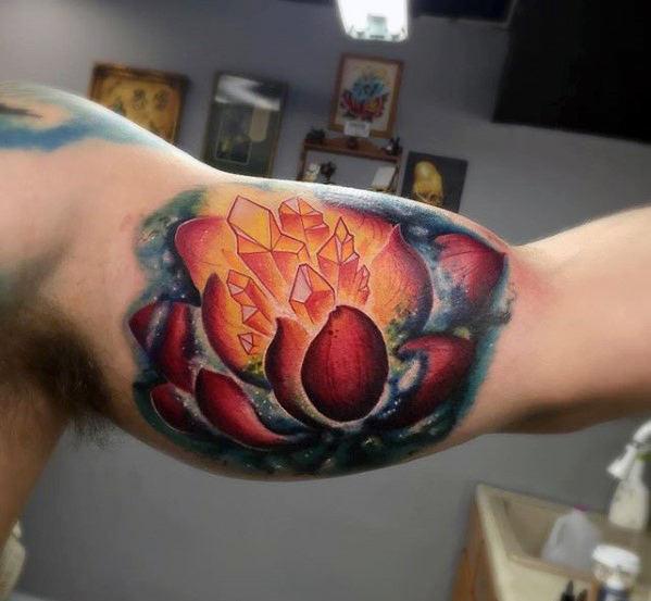 60 Kristall Tattoo Designs für Männer - polierte Stein Tinte Ideen