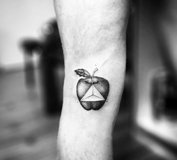 75 Apple Tattoo Designs für Männer - Bite In Ink Ideen