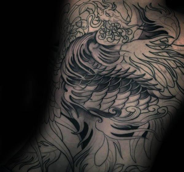 40 Phoenix Zurück Tattoo Designs für Männer - Flaming Bird Ideen