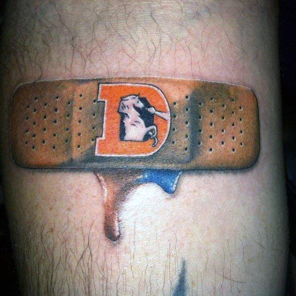 Band Aid Tattoo Designs für Männer - gepatcht Up Ink Ideen