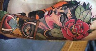 60 Sanduhr Tattoo-Designs für Männer - Die ewige Passage der Zeit
