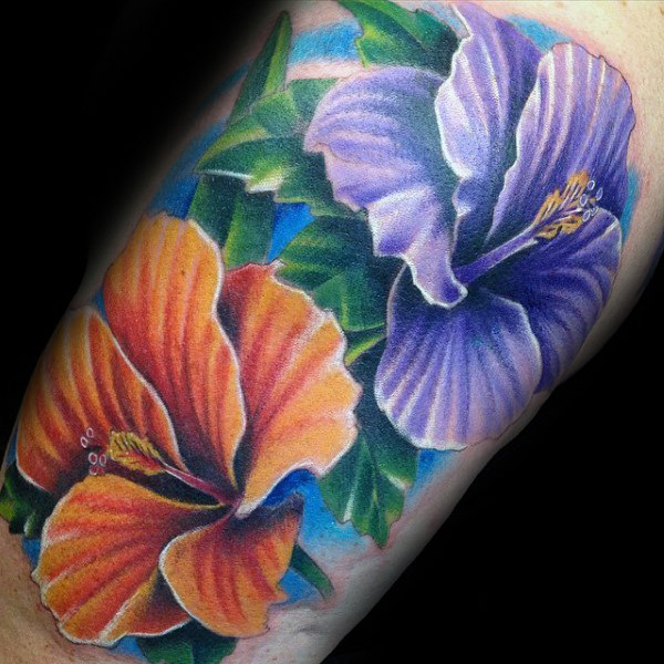 80 Hibiskus Tattoo Designs für Männer - Blumen-Tinte-Ideen