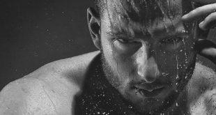 Top 12 beste Gesichtsreiniger für Männer - Produkte für einen Mann Becher