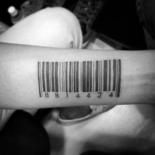 30 Barcode-Tattoo-Designs für Männer - parallele Linie Tinte Ideen