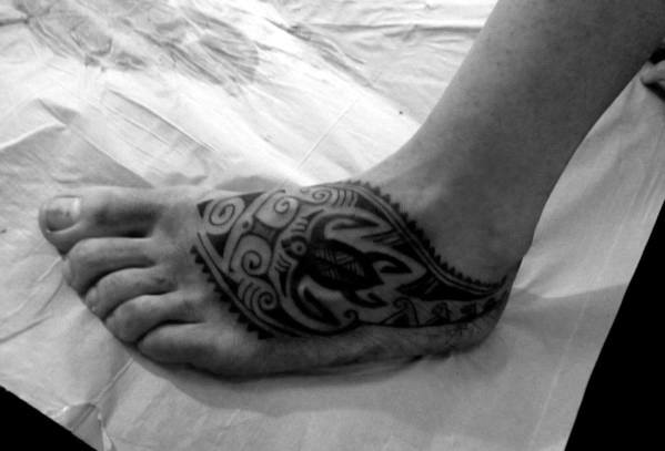 40 Tribal Foot Tattoos Fur Manner Manly Design Ideen Mann Stil