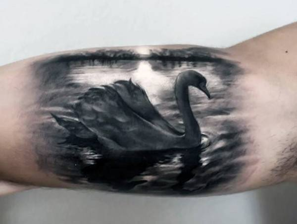 Top 20 der besten Plätze, um Tattoos zu bekommen, die versteckt werden können - verdeckte Body Art