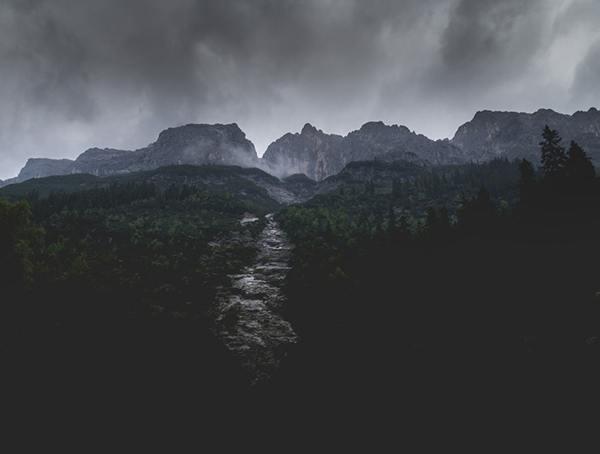 Top 50 Best Wilderness Survival Tipps - Taktiken und Techniken zu meistern