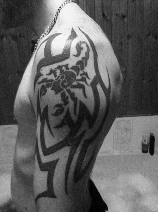 50 Tribal Scorpion Tattoo Designs für Männer - Manly Ink Ideen