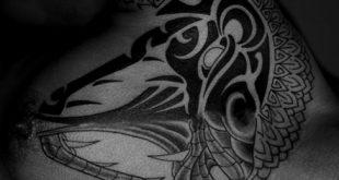 20 Tribal Snake Tattoo Designs für Männer - Serpentin Tinte Ideen