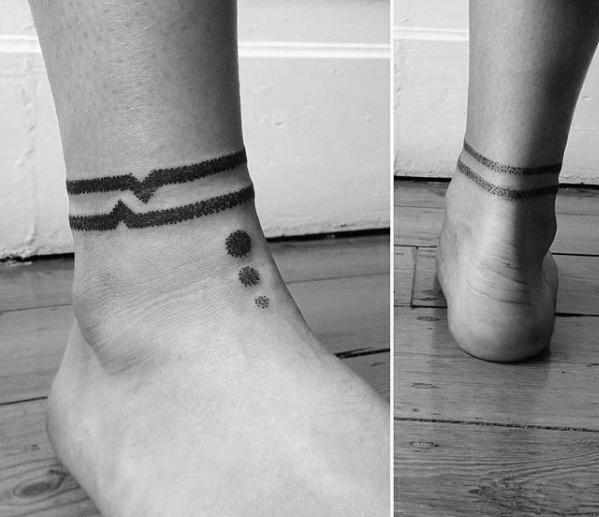 Tattoo knöchel mann