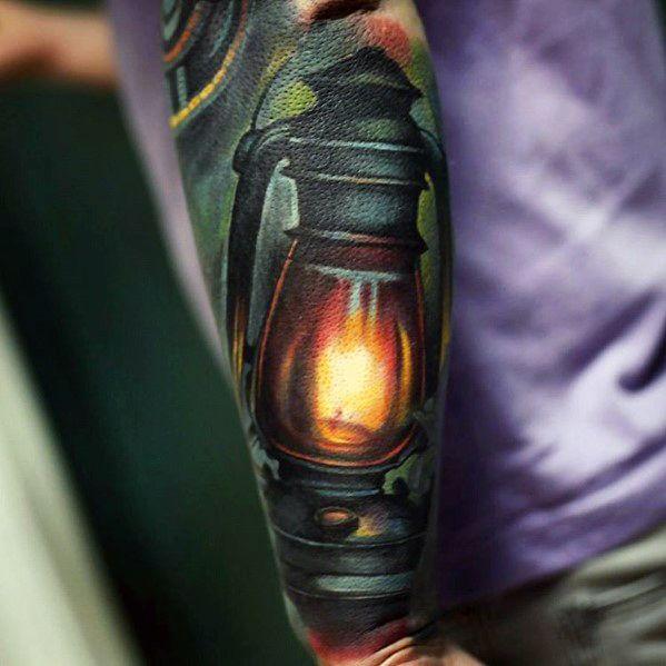 60 Laterne Tattoo Designs für Männer - flammende Tinte Ideen