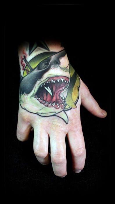 30 Neo Traditional Shark Tattoo-Designs für Männer - Cool Ink Ideas