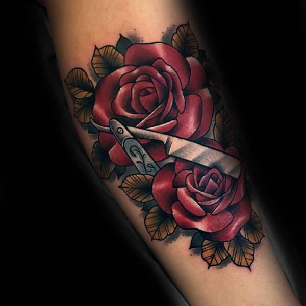 80 Rasiermesser Tattoo Designs für Männer - scharfe Tinte Ideen