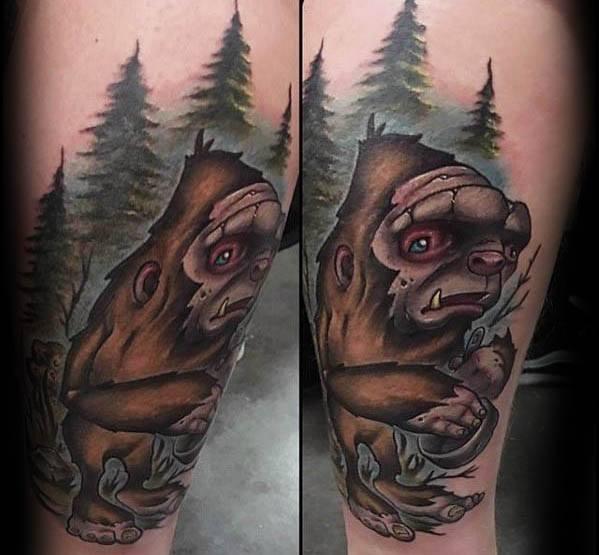 50 Bigfoot Tattoo Designs für Männer - Mythologische Kreatur Tinte Ideen