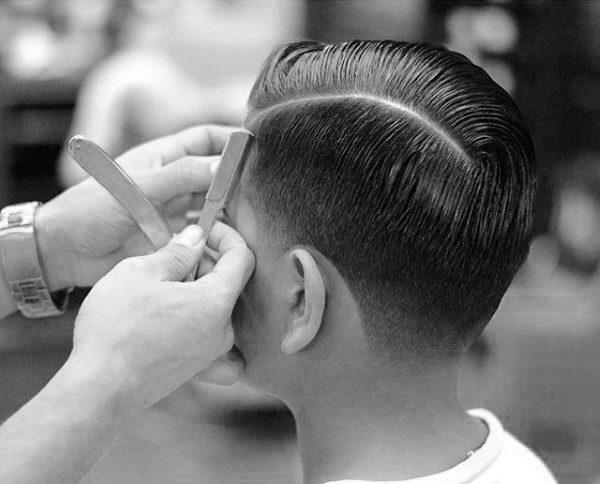 Kamm Uber Haarschnitt Fur Manner 40 Klassische Mannliche Frisuren