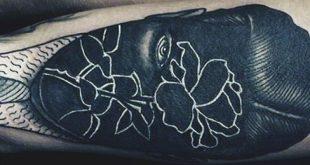 60 Negative Space Tattoo Designs für Männer - Manly Ink Ideen