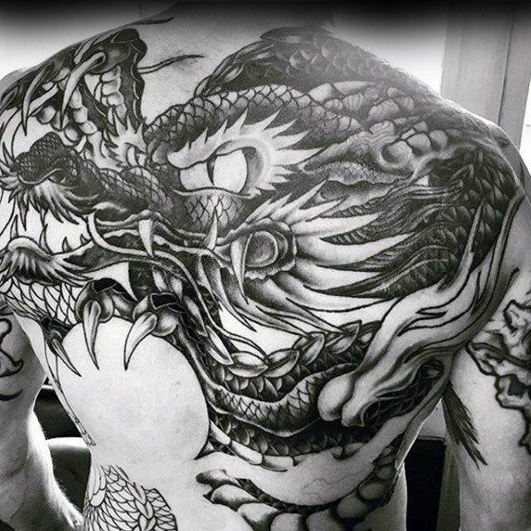 50 Super Rücken Tattoos für Männer - Maskuline Design-Ideen