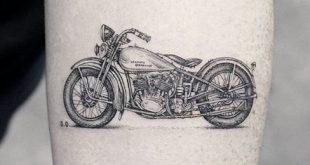 50 coolste kleine Tattoos für Männer - Manly Mini Design-Ideen