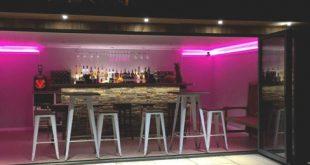 50 Pub Shed Bar Ideen für Männer - Cool Backyard Retreat Designs