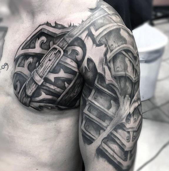 70 cool Brust Tattoos für Männer - Masculine Ink Design-Ideen