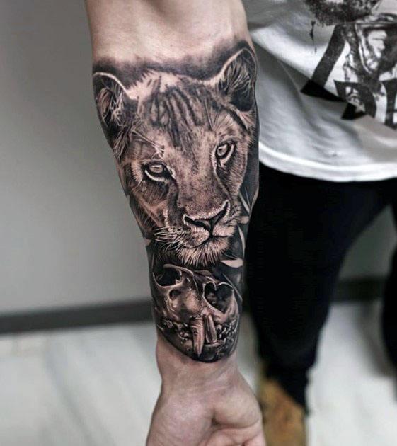 60 Löwe-Schädel-Tätowierungs-Entwürfe für Männer - große Katzen-Tinten-Ideen