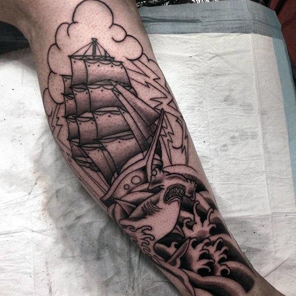 70 Hammerhai Shark Tattoo Designs für Männer - Tiefsee-Tinte Ideen