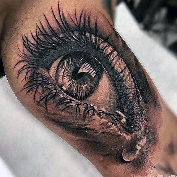 50 realistische Augen Tattoo Designs für Männer - visionäre Tinte Ideen