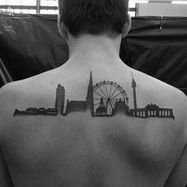 70 Stadt Skyline Tattoo Designs für Männer - Downtown Ink Ideen