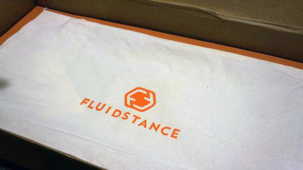 Fluidstance The Level Review - Surfen während der Arbeit
