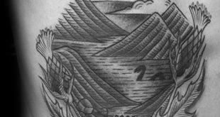 30 Loch Ness Monster Tattoo Designs für Männer - Mythologische Kreatur Tinte Ideen