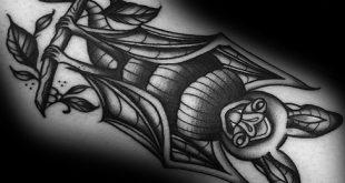 50 traditionelle Bat Tattoo Designs für Männer - Old School-Ideen
