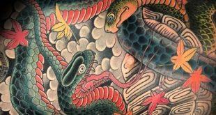 80 japanische Schlange Tattoo Design für Männer - Cool Ink Ideas