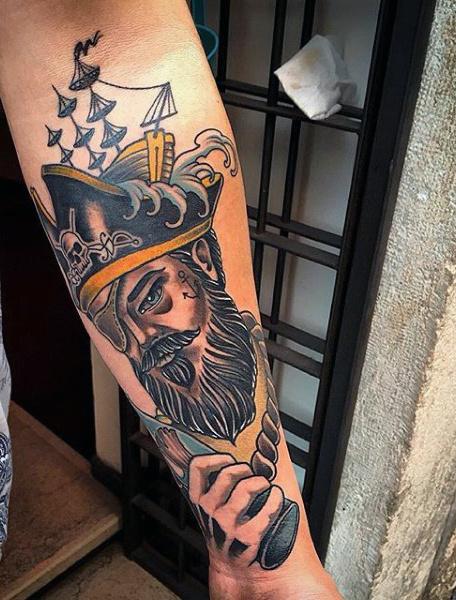 50 Piraten Tattoos für Männer - Arrr, Schiffe und Augenklappen