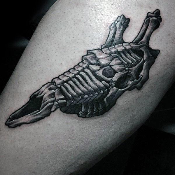 90 Giraffe Tattoo Designs für Männer - lange Hals Tinte Ideen