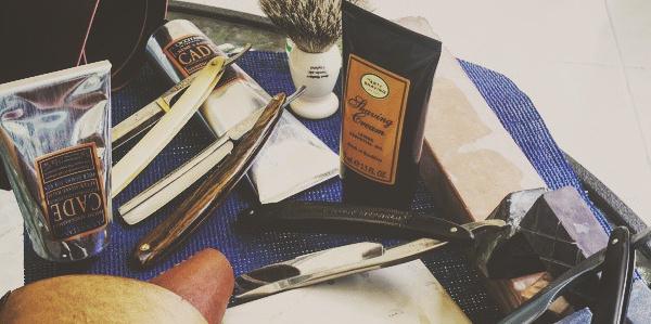 75 Nassrasur Tipps für Männer - wie man eine bessere Rasur erwerben