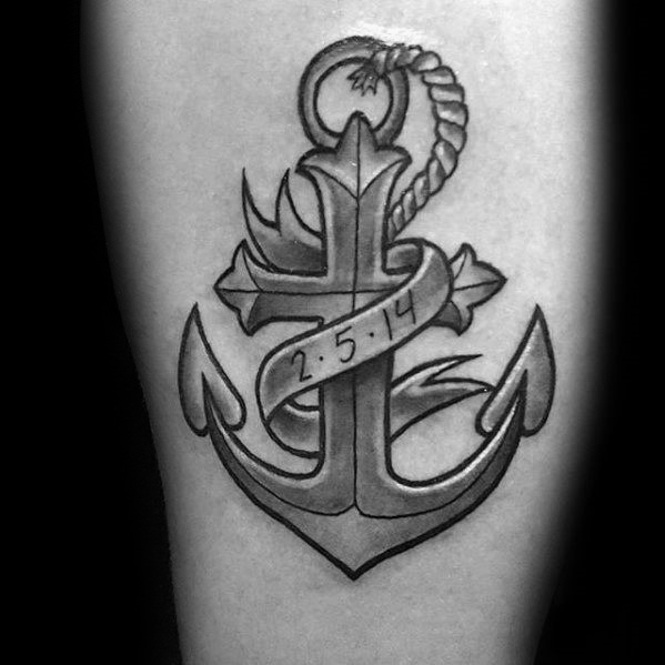 50 traditionelle Kreuz Tattoo-Designs für Männer - Old School-Ideen