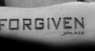30 John 3 16 Tattoo Designs für Männer - religiöse Tinte Ideen