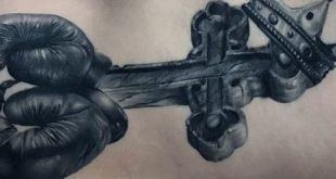 50 3D Kreuz Tattoo Designs für Männer - Jesus Ink Ideas