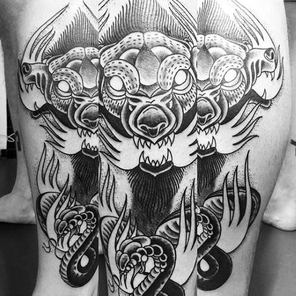 50 Cerberus Tattoo Designs für Männer - Drei Kopf Hund Ideen