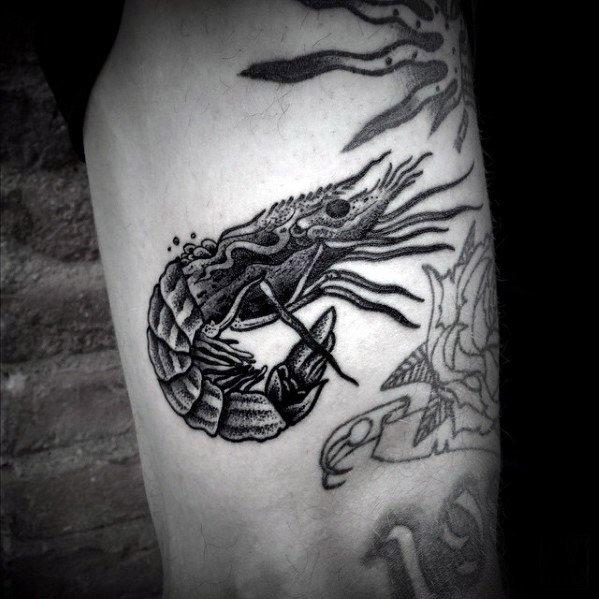 40 Shrimp Tattoo Designs für Männer - Oceanic Ink Ideen