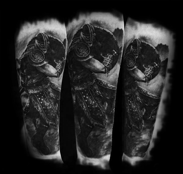 50 Skyrim Tattoo Designs für Männer - Videospiel-Tinten-Ideen