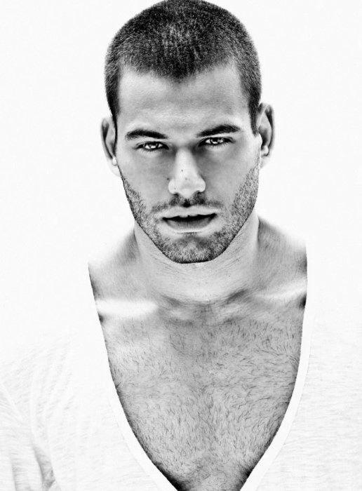 Buzz Cut Hair für Männer - 40 wartungsarme männliche Frisuren