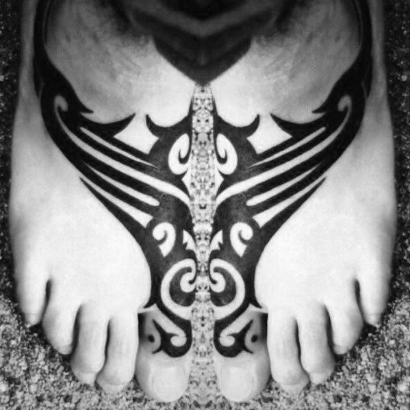 70 Awesome Tribal Tattoos für Männer - Masculine Ink Ideen