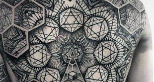 40 geometrische zurück Tattoos für Männer - Dimensional Ink Ideen