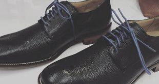 Schwarze Schuhe mit Khakis tragen - Men's Fashion Beratung